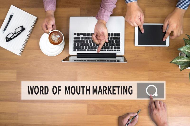 Marketing szeptany firmy wspiera pozycjonowanie